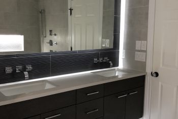 Contemporary Bathroom Remodel in Huntington Woods