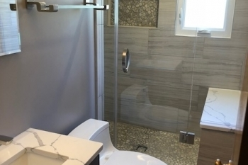 Modern Master Bathroom Renovation in Pleasant Ridge