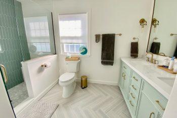 Keelean-master-bath-full-view